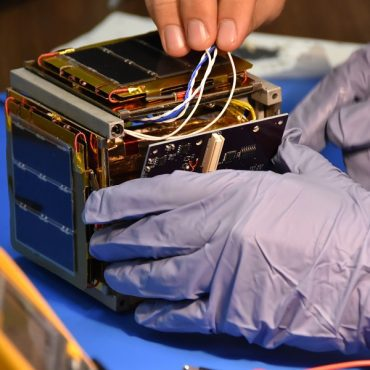 Irvine Cubesat STEM Program